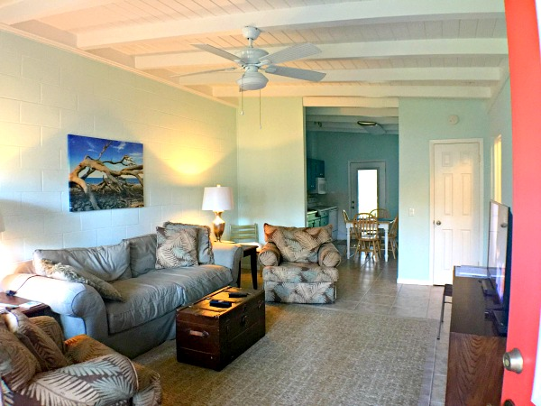 How to snag a Jekyll Island family getaway AND the best Coastal Cozy Cottage!