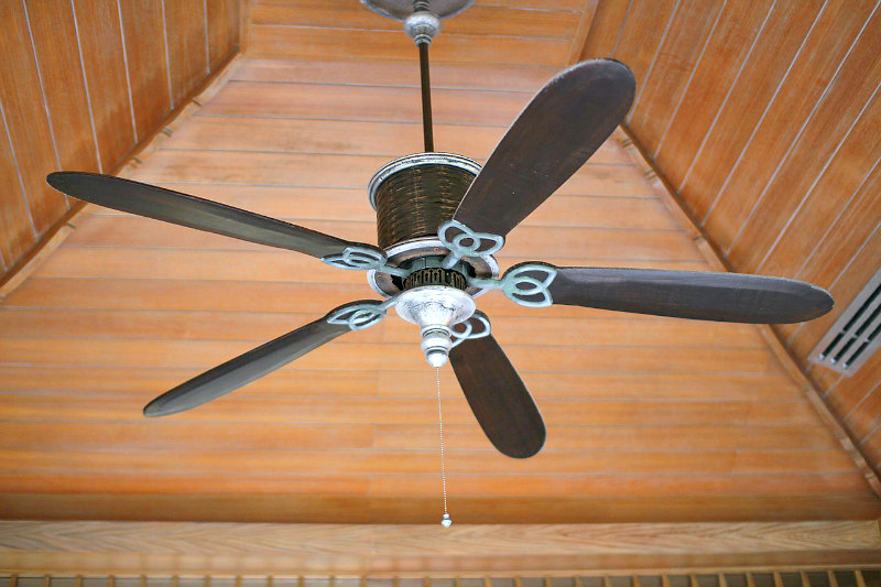 How do you clean ceiling fans in a flash without the mess watch this aloadofball