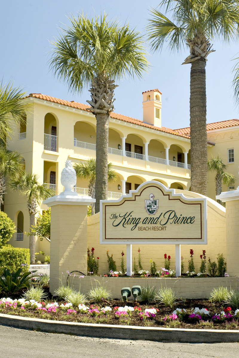 View of the King and Prince Beach Resort entrance on St. Simons Island the WHOLE fam will ADORE!