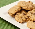 easiest & best disappearing oatmeal chocolate chip cookies!