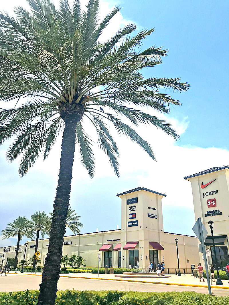 view of Palm Beach Outlets - things to do in West Palm Beach