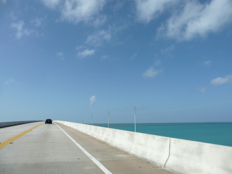 4 Best things to do in Marathon Florida - Car on seven-mile bridge