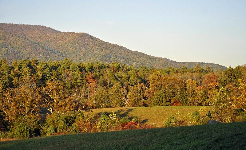 view of Smoky Mountains Thanksgiving travel